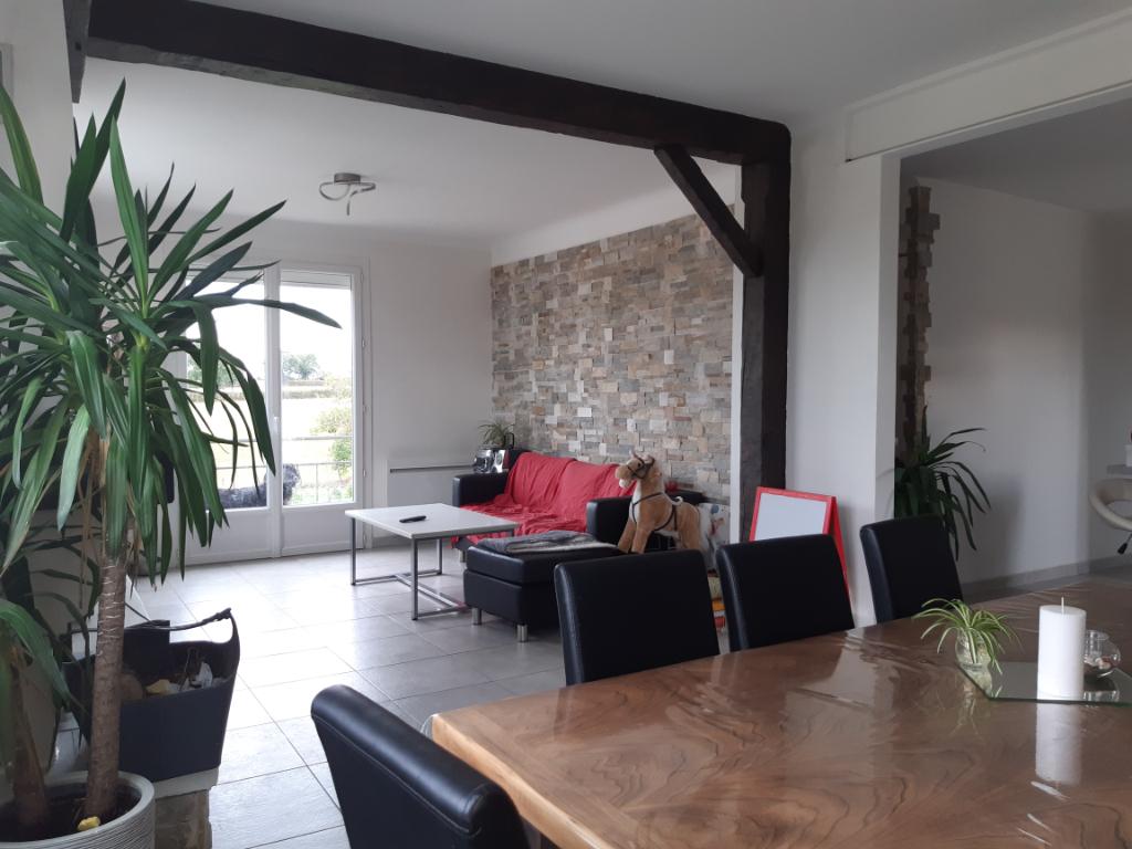 Maison La Chapelle-Rousselin 5 pièce(s) 95 m2