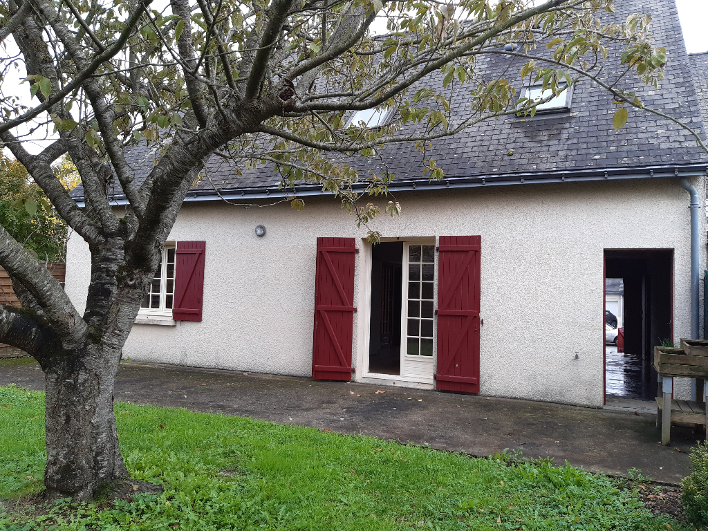 Maison Saint Lambert Du Lattay 5 pièce(s) 100 m2