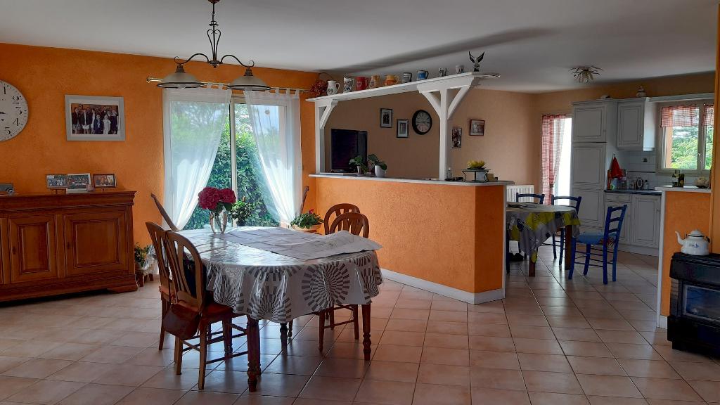 Maison Jallais 4 pièce(s) 130 m2