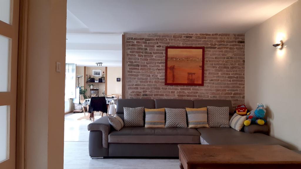 Maison Chemille Melay 6 pièce(s) 158 m2