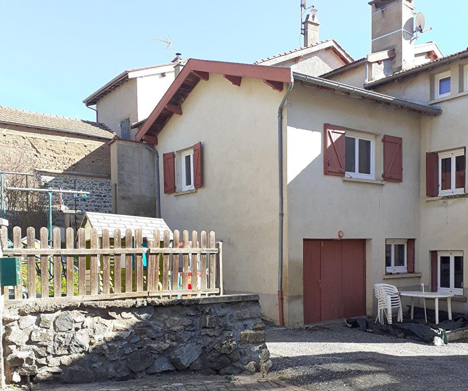 Maison de village 100 m² avec jardin à BIBOST
