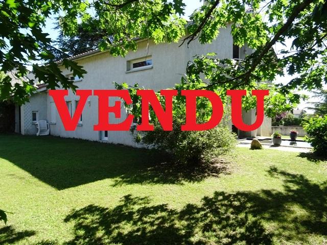 Villa  7 pièce(s) 200 m2