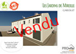 Garéoult maison t4 à vendre de 92,63m² avec un garage et un jardinet privatif.