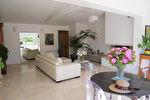 A VENDRE à ROCBARON maison T5 (114 m²) avec piscine sur 542m² de jardin