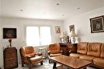 CUERS à vendre maison composée de deux logements (T3 et T2)  de 164m² sur un terrain de 605m²