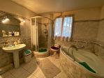 Propriété à vendre à Neoules type 7pièces de 145 m²  hors dépendance avec piscine sur 7945m²