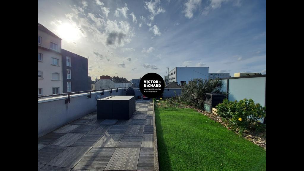 Exceptionnel T3 avec toit terrasse de 50 m² garage et cave