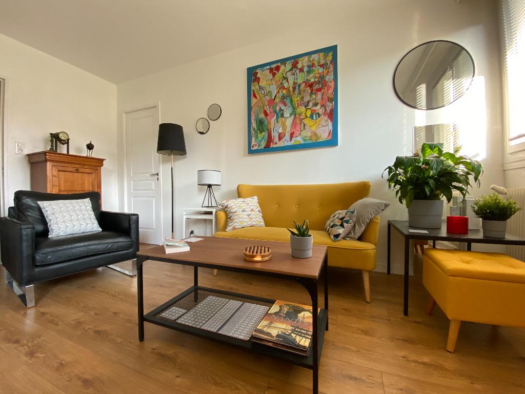 Appartement Nantes 4 pièces 84 m2 Secteur Longchamp