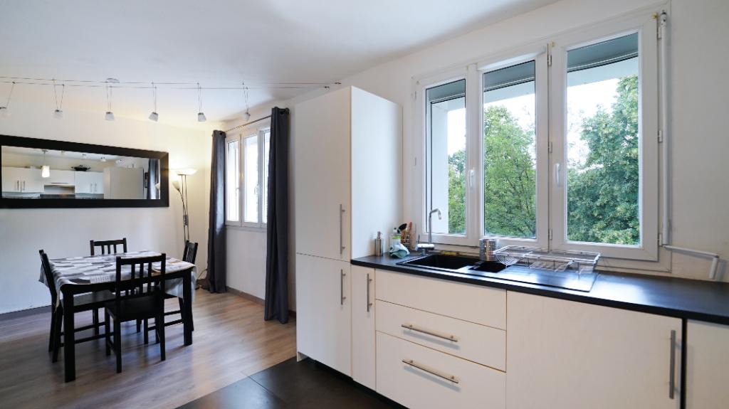 Appartement  T4  de 68,84m²  2 chambres secteur Rond Point de Paris